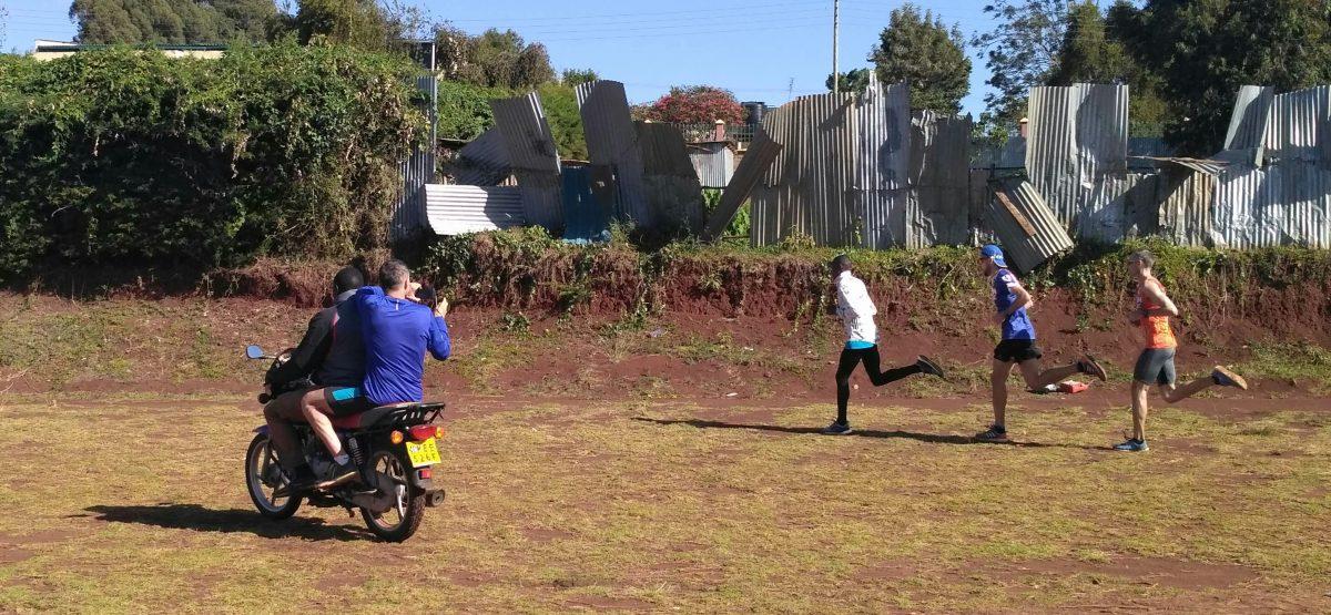 Niebieski Keniol & EDI Team